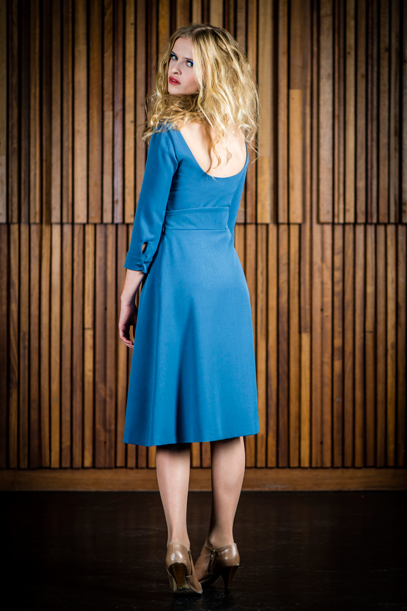 Mona-dress-Aline-blue-back
