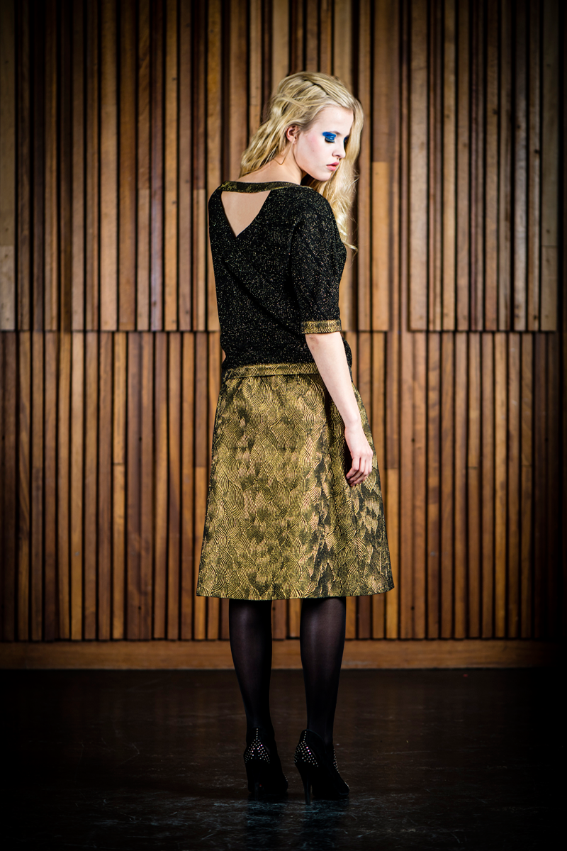 Ruby-shirt-black-gold-+-Nora-skirt-gold-waves-back