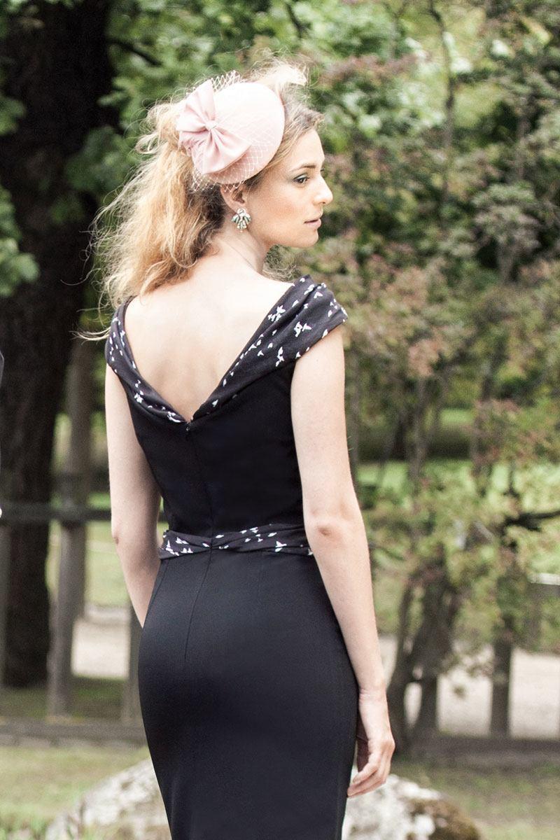 Liz-draping-black-birds_ORG