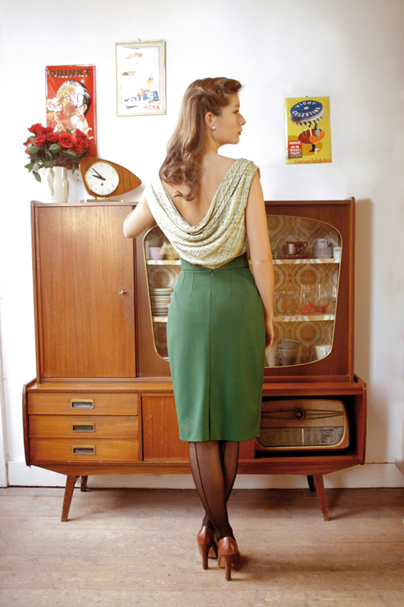 Stella-skirt-green+May-top-light-fifties-print