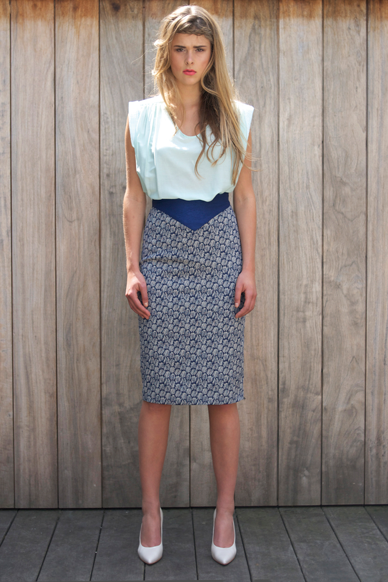 Edith-top-light-blue,-Jane-skirt-blue-shell