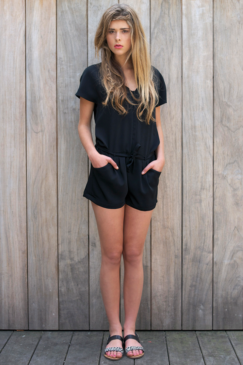 Romy-jumpshort-black-2