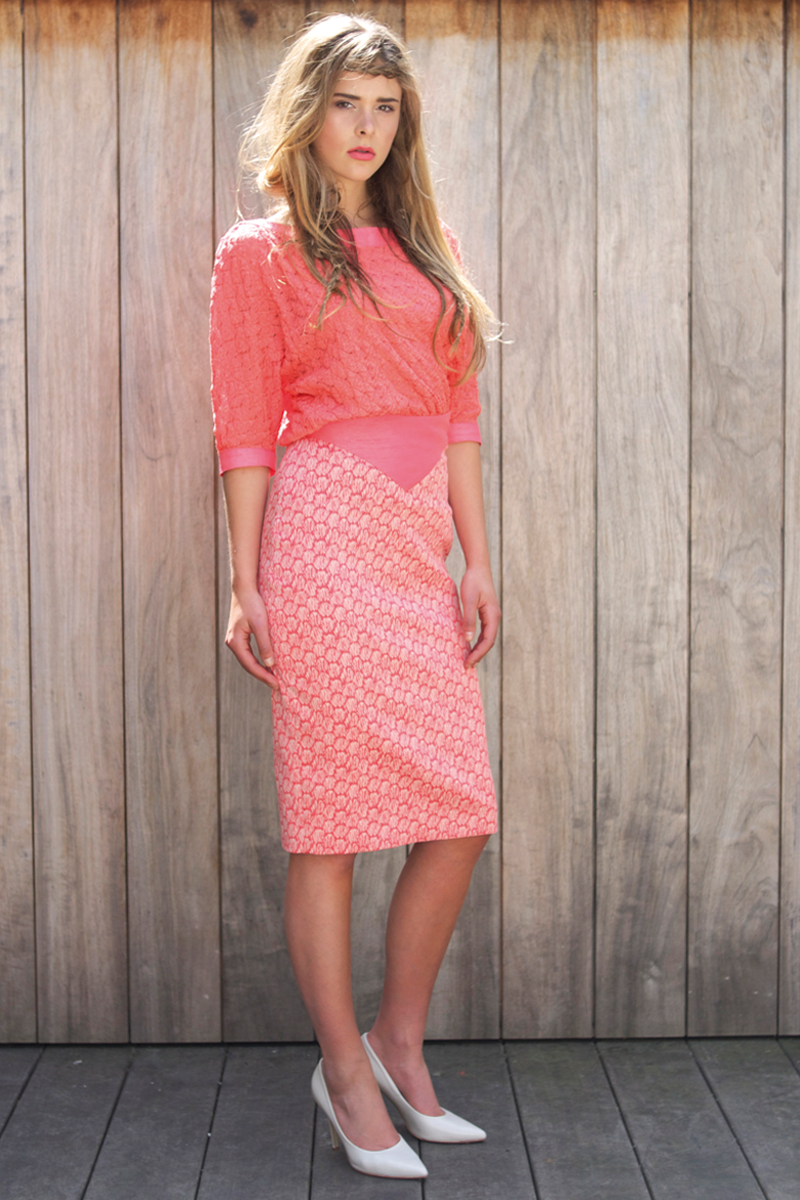 Ruby-shirt-coral,-Jane-skirt-coral-shell