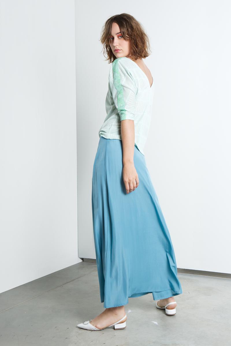 Lux-skirt-blue-back