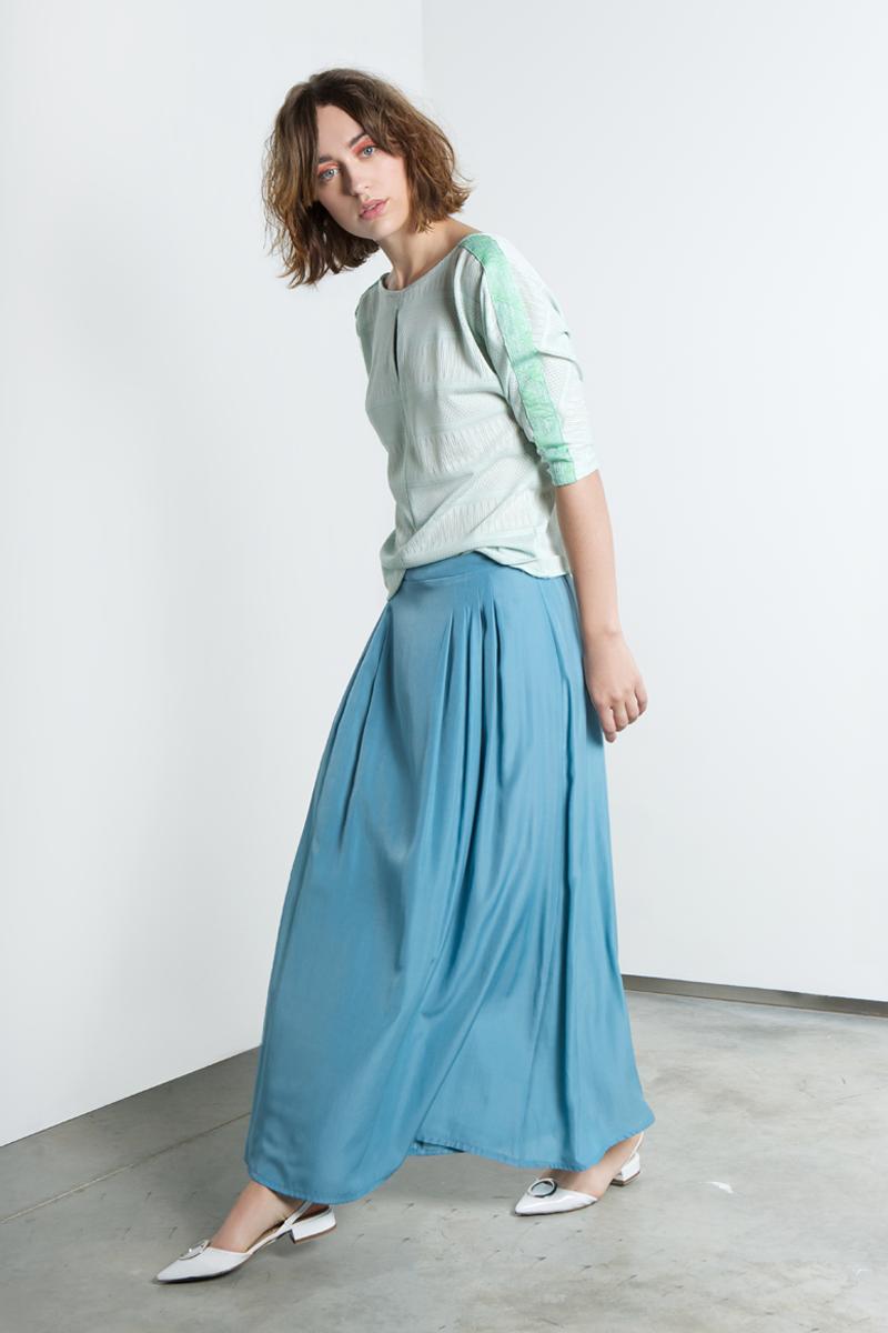 Lux-skirt-blue