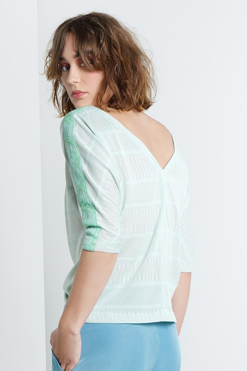 Nina-shirt-green-stripe-back