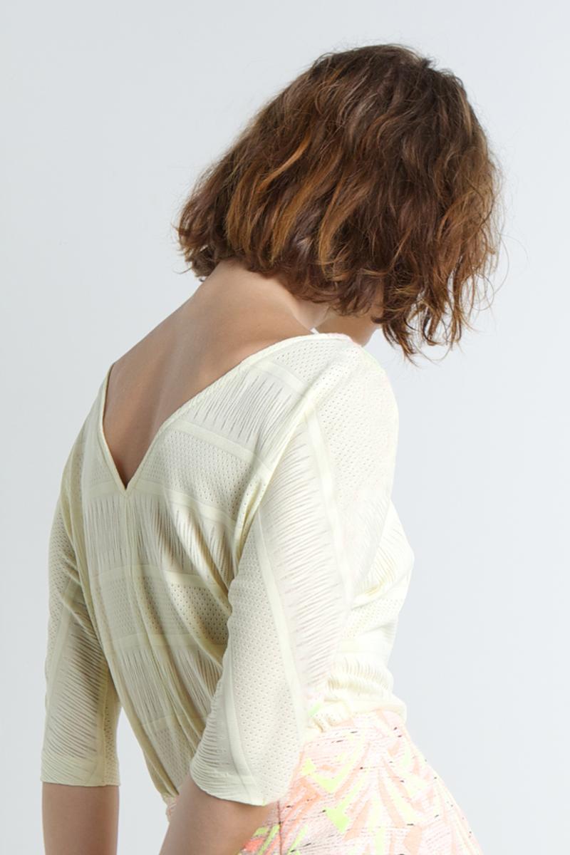 Nina-shirt-yellow-back