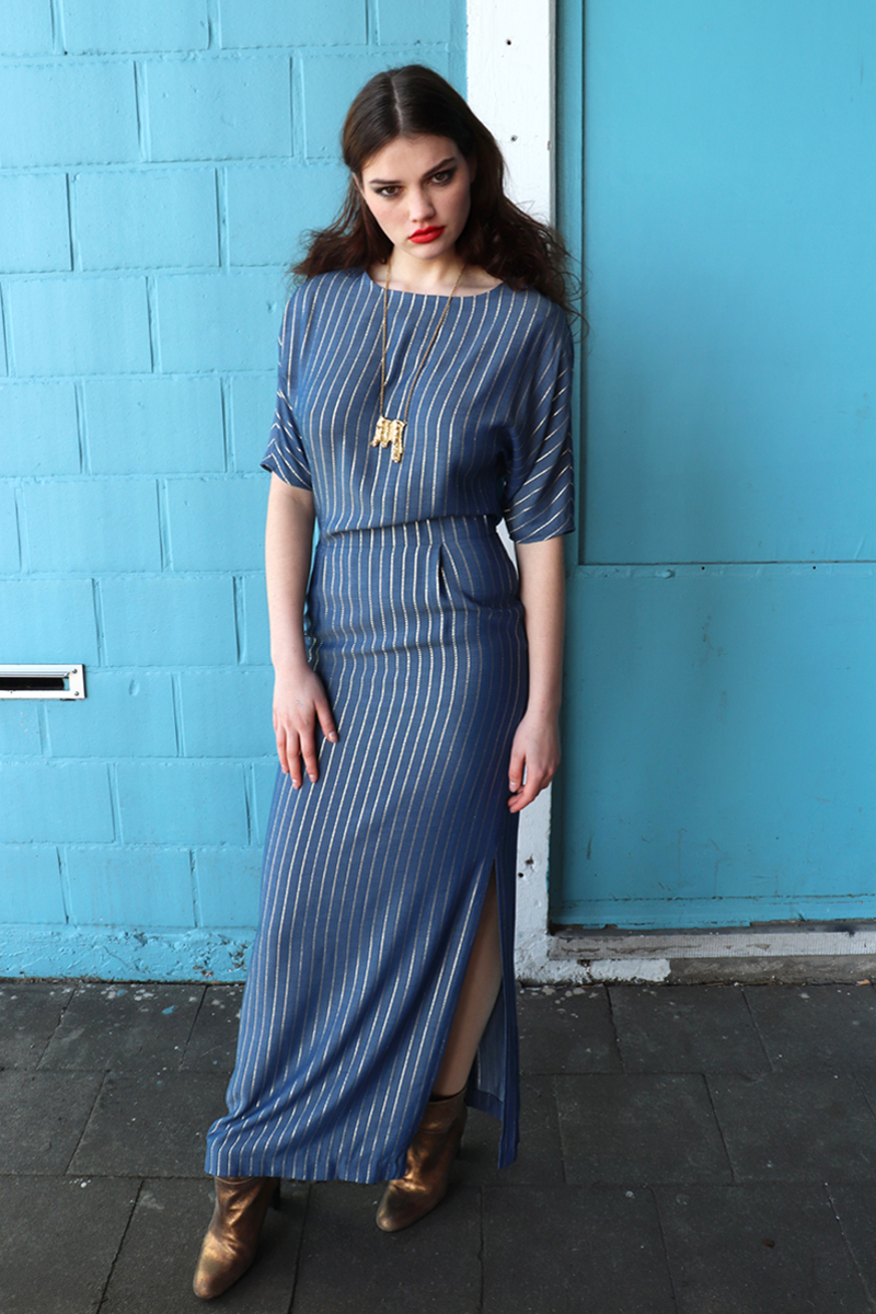 Lucy-dress-blue-gold-long2